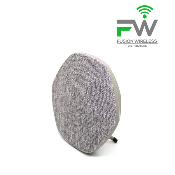 This ultra-durable molded frame and custom-made textile grills speaker are perfect for everyday use.